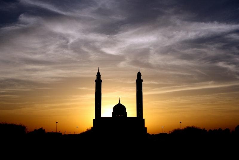 Niat, Tata Cara, dan Doa Sholat Dhuha Lengkap