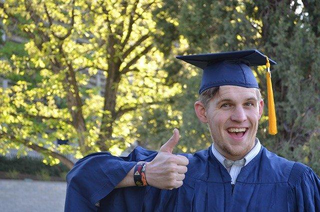 Jurusan Kuliah yang Paling Mudah Dipelajari dan Tetap Memiliki Karir Yang Menjanjikan