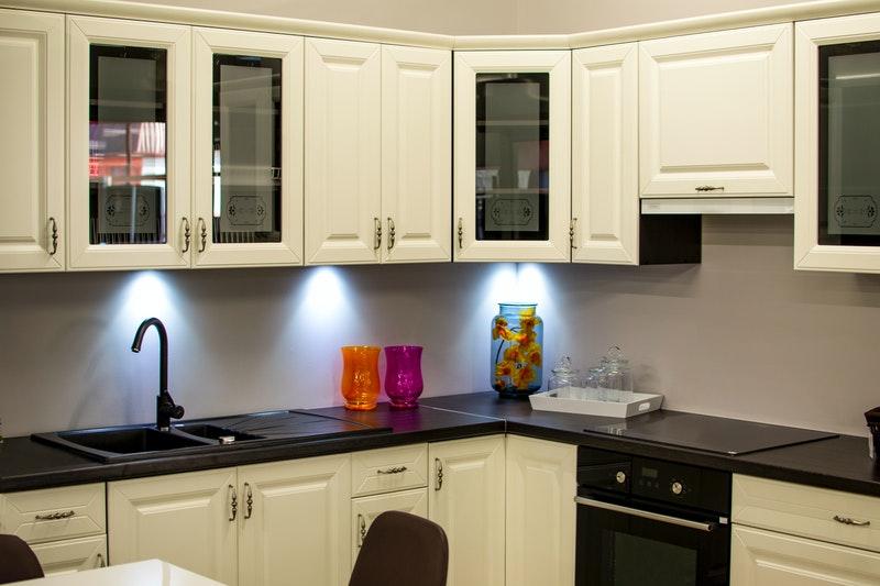 Ukuran Standar Kitchen Set dalam Berbagai Layout